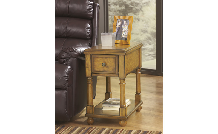 T007-430 BREEGIN CHAIR SIDE END TABLE/BREEGIN