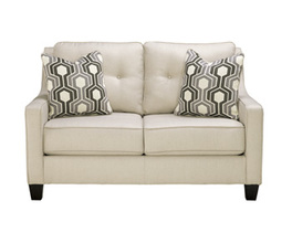 LOVESEAT GUILLERNO SIGNATURE